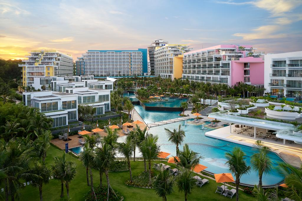 Voucher Premier Residences Phu Quoc Emerald Bay tiêu chuẩn 5 sao