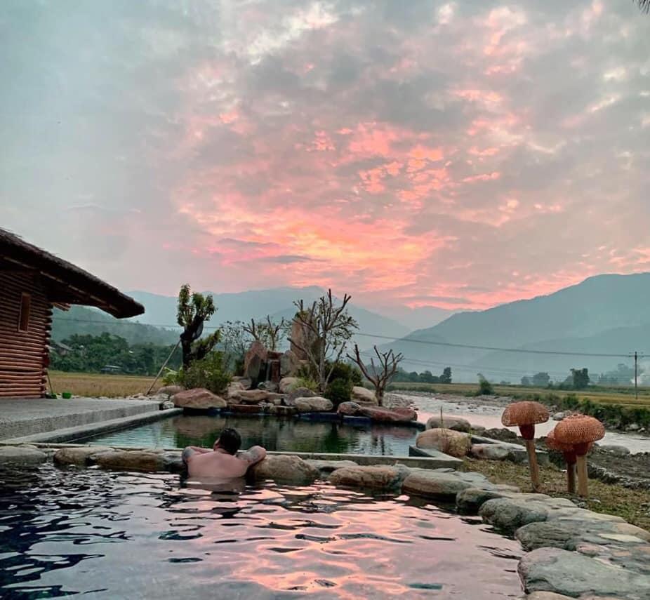 Combo Nghỉ Dưỡng Tại Le Champ Tú Lệ Resort Hot Sping & Spa 4 Sao (Sao chép)