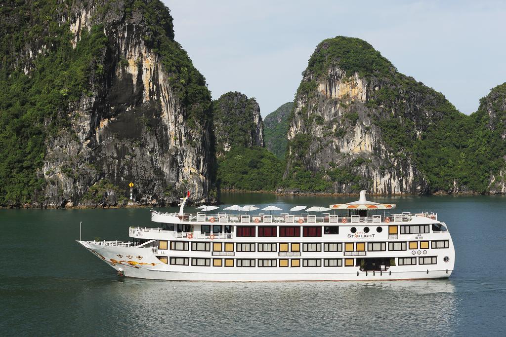 Combo Nghỉ Dưỡng Du Thuyền Hạ Long Starlight Cruise 5 Sao