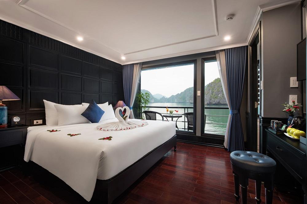 Combo Nghỉ Dưỡng Du Thuyền Rosy Cruise 5 Sao (30/4 – 1/5)