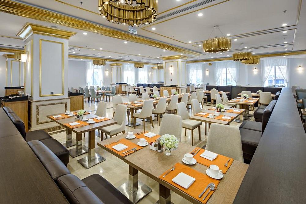 TP Hồ Chí Minh – Đà Nẵng tại khách sạn dát vàng 24k – Danang Golden Bay tiêu chuẩn 5 sao