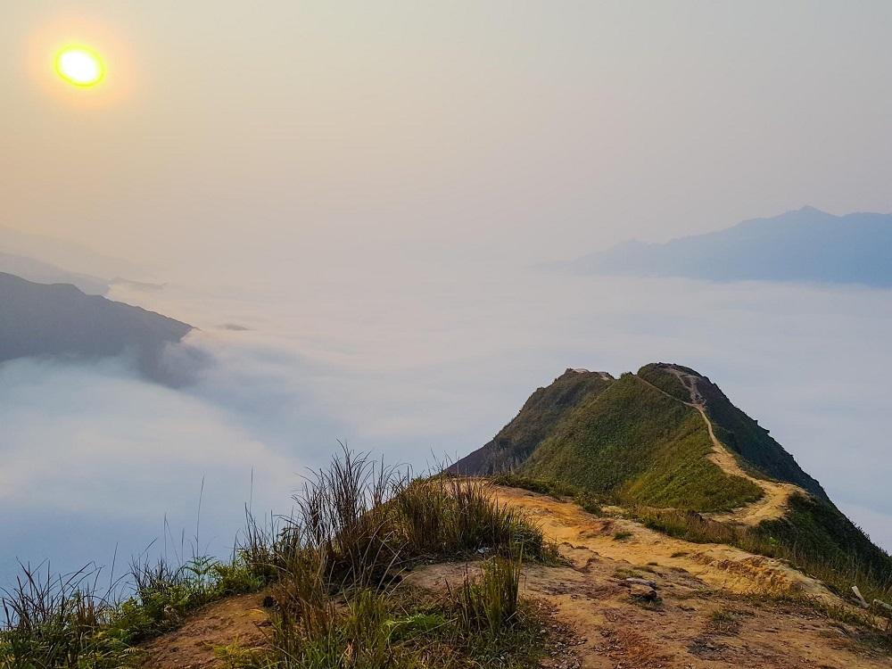 Tour du lịch 2 ngày 1 đêm Hà Nội – Mộc Châu – Tà Xùa