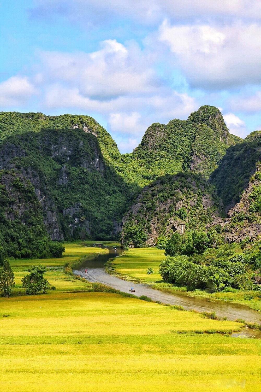 Tour du lịch 01 ngày Hà Nội – Hoa Lư – Tam Cốc